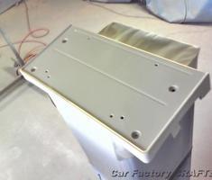 320i バンパー/ディフューザーのキズ補修、台座の塗装
