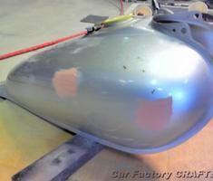 マグナ50 タンクのヘコミ修正、塗装