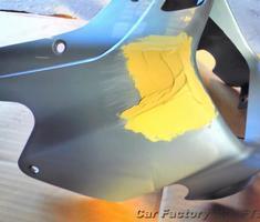 ZRX1200 ビキニカウルの小キズ補修