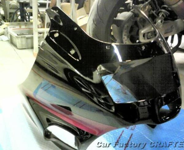 ZZR1100 アッパーカウルのキズ補修、塗装