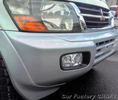パジェロ バンパーの塗装/フレームの修正