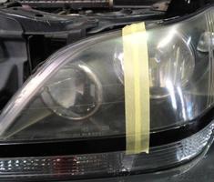 ハリアー ヘッドライトの黄ばみ、くすみの除去