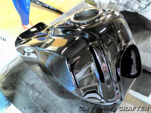 TW200 ブラックにオールペイント
